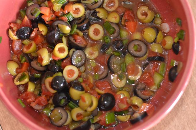Vicki's Olive Salsa