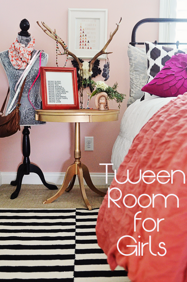 Girl's tween room ( with a painted gold table)