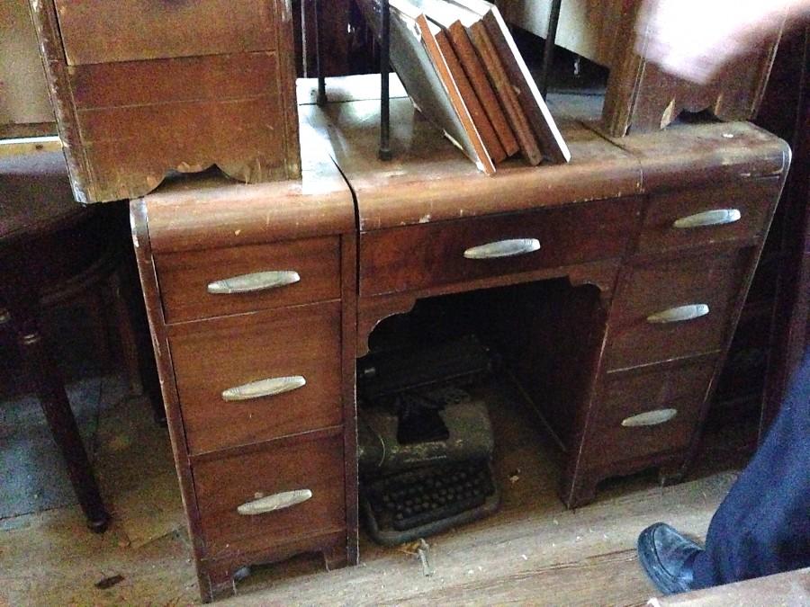 diy lacquer furniture. DIY White Lacquer Desk Diy Furniture O