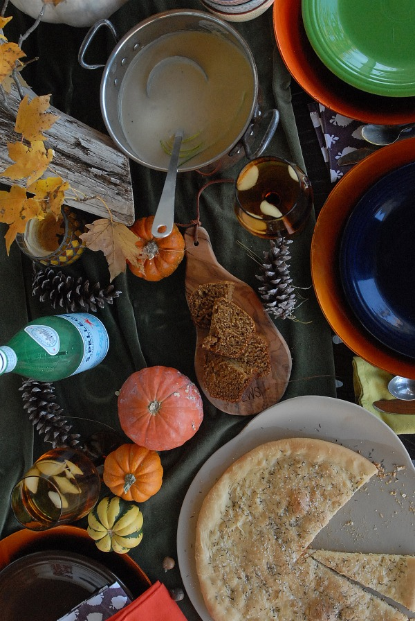 Thanksgiving table top ideas and Pizza Bianca via lifeingrace