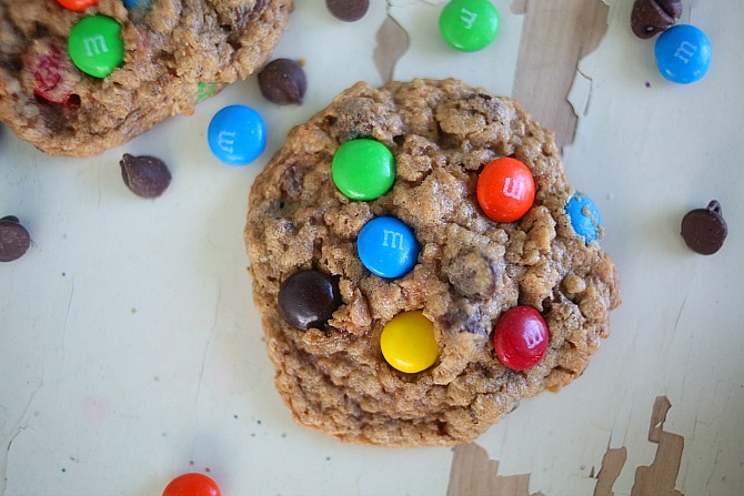 Flourless Monster Cookies via lifeingrace
